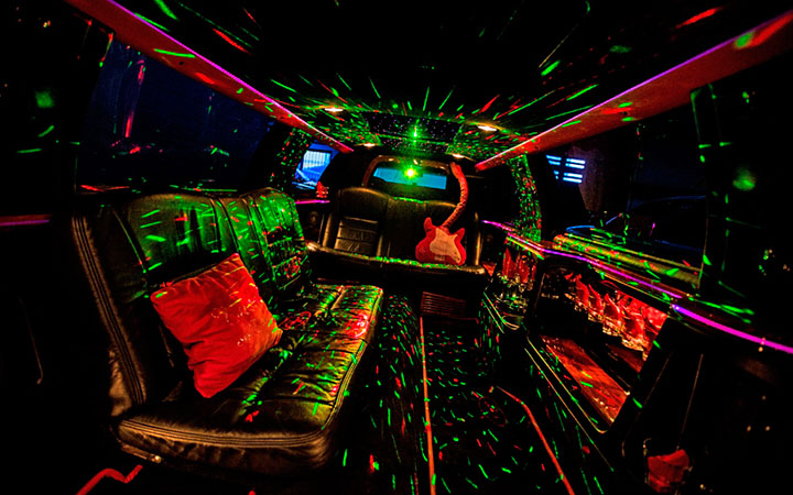 Die Shuttle Bar – Der Partybus in Stuttgart